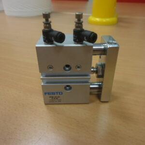 Cilindro FESTO DFM-16-10-P-A-GF ( Used )